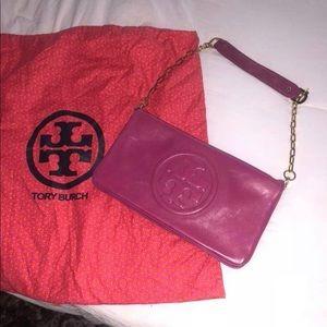 fuchia pink tory burch purse